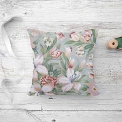 Подушка холлофайбер Цветы-букет Тик